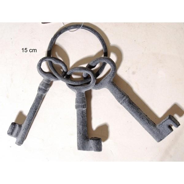 Κλειδιά Σιδερένια Περασμένα Σε Κρίκο